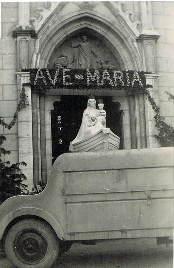 La statue de Notre Dame de Boulogne (archive Kronos)